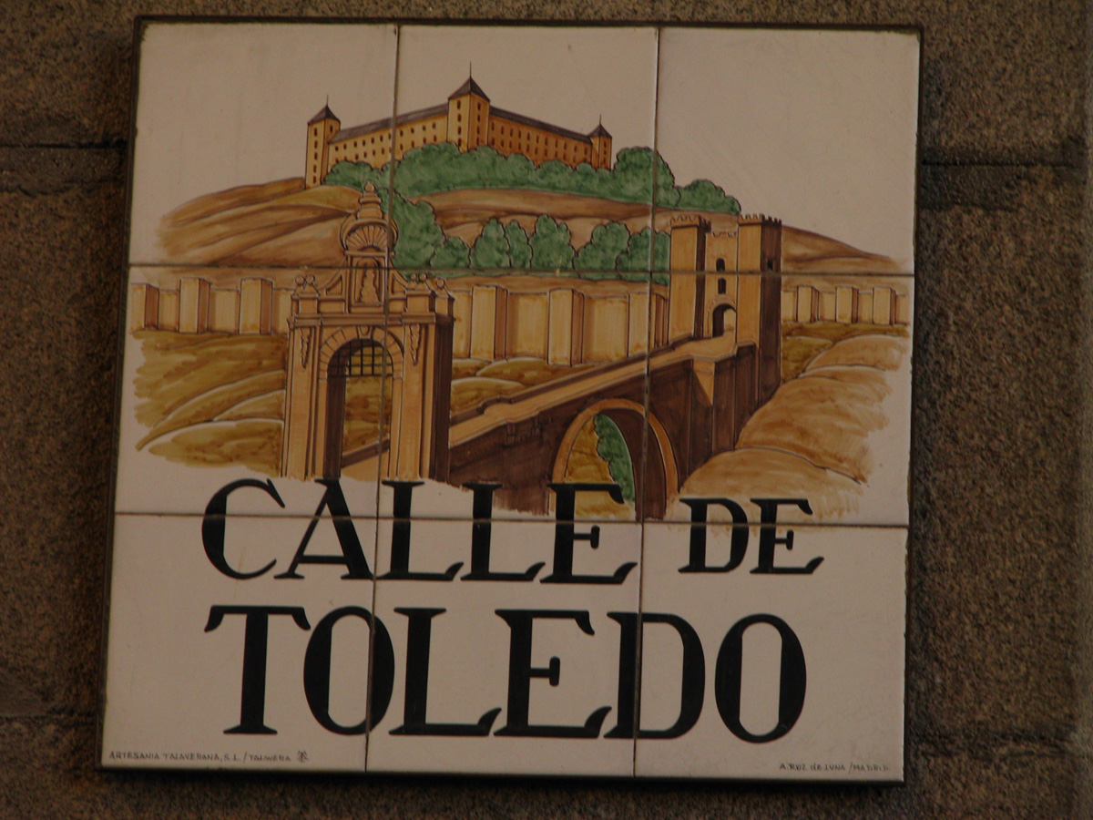 Decorativ street signs - Calle de Toledo