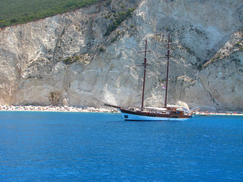 A lovely sail boat at Porto Katsiki beach