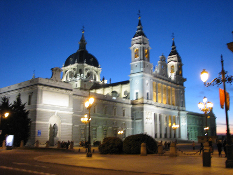 Almudena Cathedral, bit blurry though :(