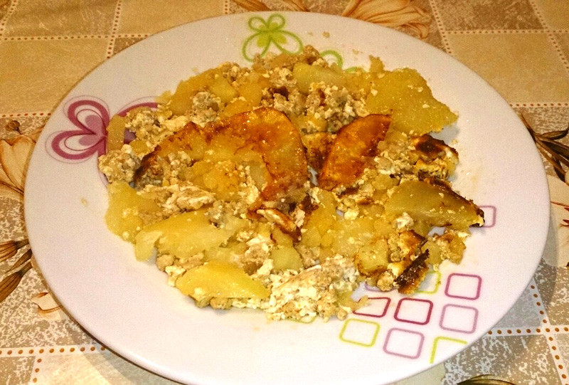 Musaka od krompira - serviranje